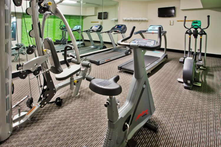 Fitness Center 4 of 13