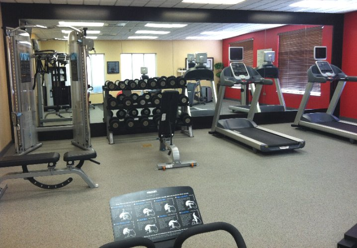 Hilton Garden Inn Fitness Center 8 of 11