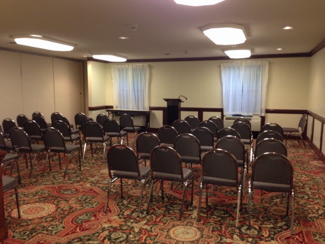 Banquet Hall For Meetings & Events 4 of 8