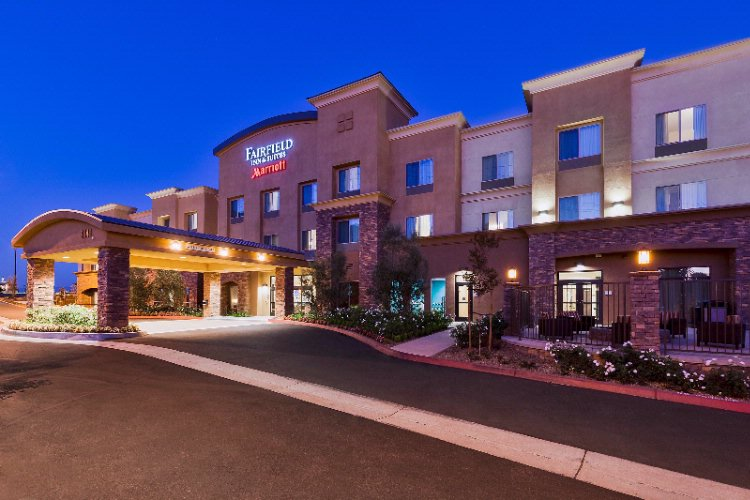 Fairfield Inn Suites 3441 Hamner Ave Norco Ca 92860