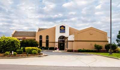 Best Western Plus Sikeston 1 of 11