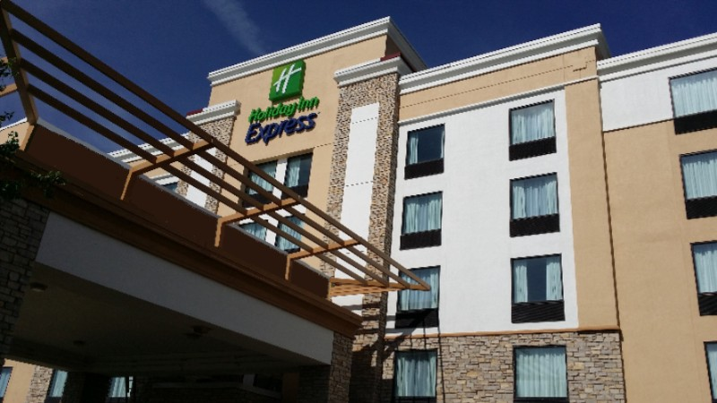 Holiday Inn Express Janesville 1 of 15