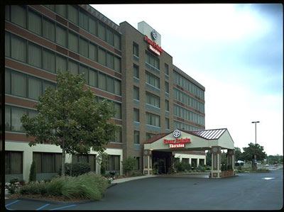 Image of Holiday Inn Hotel & Suites Warren