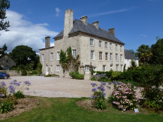 Manoir De Savigny 1 of 16
