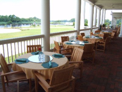 Riverfront Dining 7 of 10
