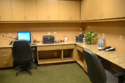 Computer Access At Your Fingertips In Our Accommodating Business Center 7 of 11