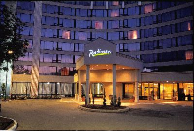 Radisson Hotel Toronto East 1 of 17