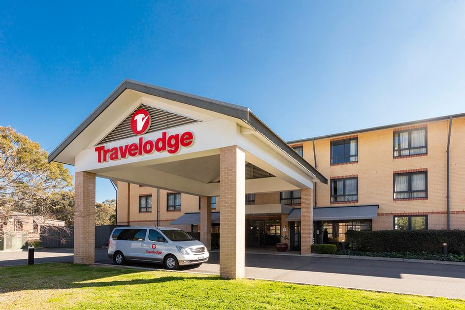 Travelodge Macquarie North Ryde 1 of 17