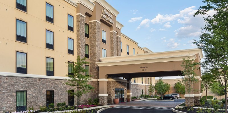 Hampton Inn & Suites Philadelphia Montgomeryville 1 of 5