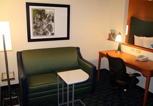 Executive King Suite Sitting Area 8 of 14