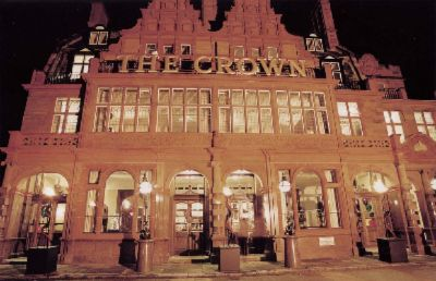 The Crown 9 of 11
