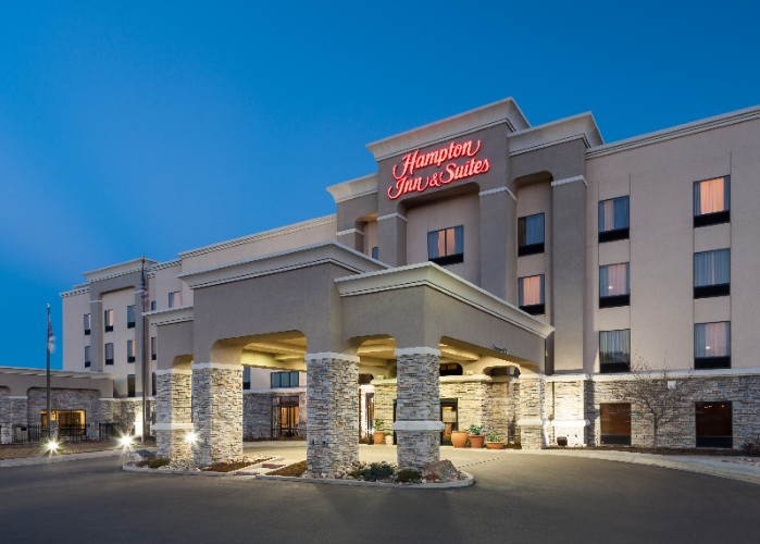 Hampton Inn & Suites South Colorado Springs 1 of 18