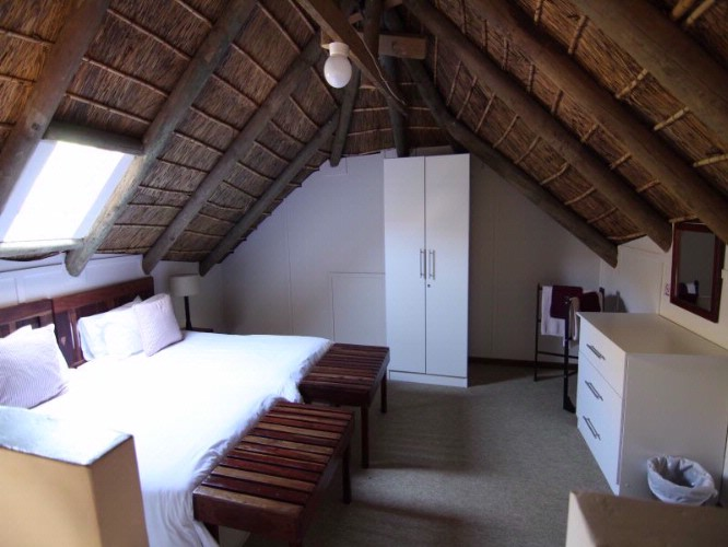 Chalet Loft Room With Two Twin Beds 8 of 28