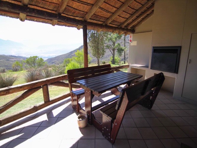 Chalet Patio With Braai 10 of 28