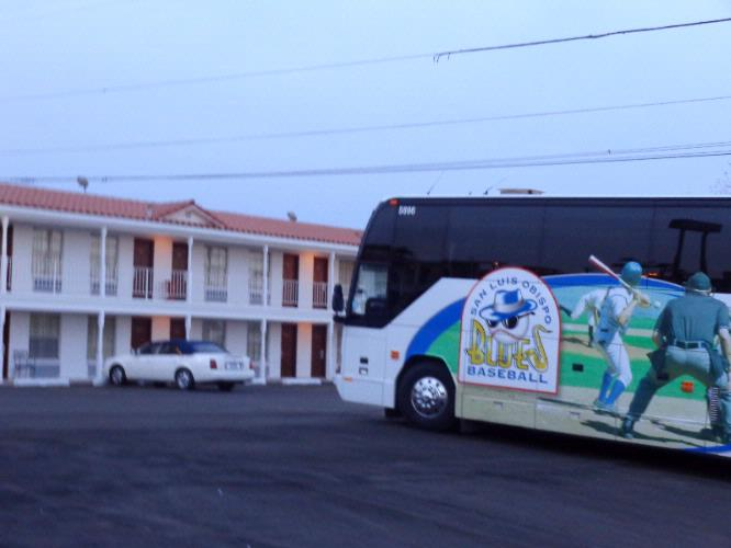 Plenty Of Bus Parking At The Historic Coronado Motor Hotel 18 of 26