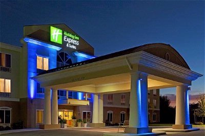 Holiday Inn Express Hotel Suites Inverness 903 East Gulf To Lake Highway Lecanto Fl 34461