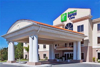 The Brand New Holiday Inn Express In Inverness Florida 13 of 23
