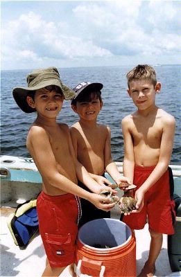 Scalloping -One Of The Many Things To Do In Citrus County 22 of 23