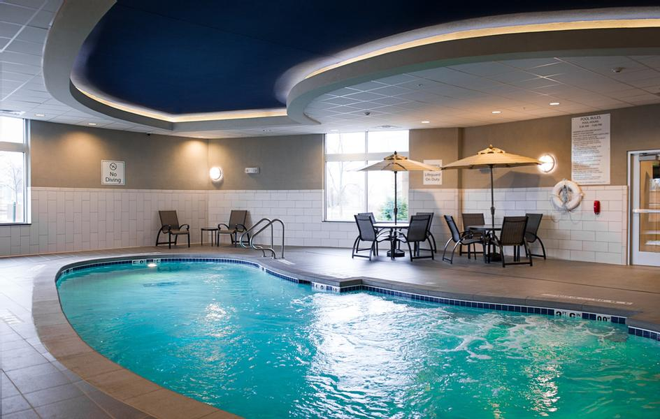 Indoor Salt Water Heated Pool 5 of 20