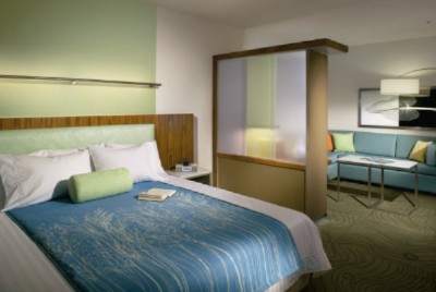 The Springhill Suites Hampton Features Refreshing Modern Decor To Help You Relax During Your Stay. 3 of 4