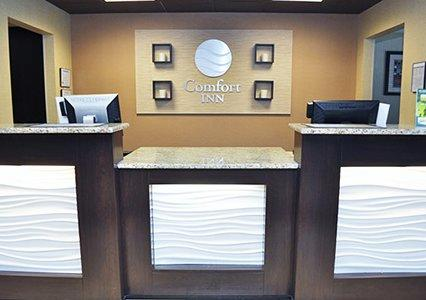 Front Desk 8 of 10
