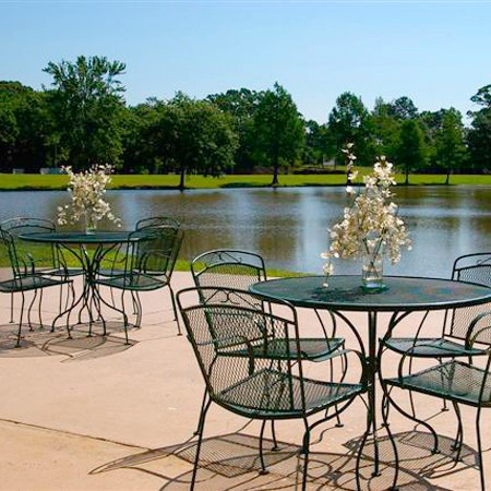 Lake View With Outdoor Seating. 5 of 15