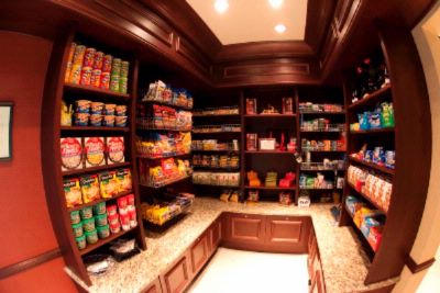 Pavilion Pantry 9 of 16