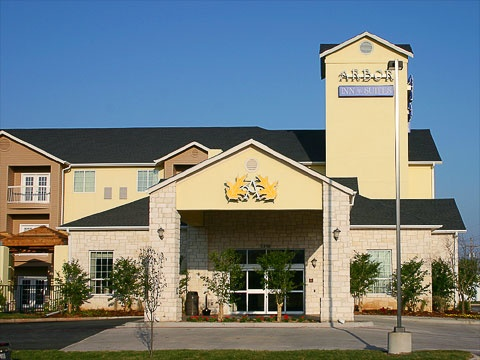 Arbor Inn & Suites 1 of 4