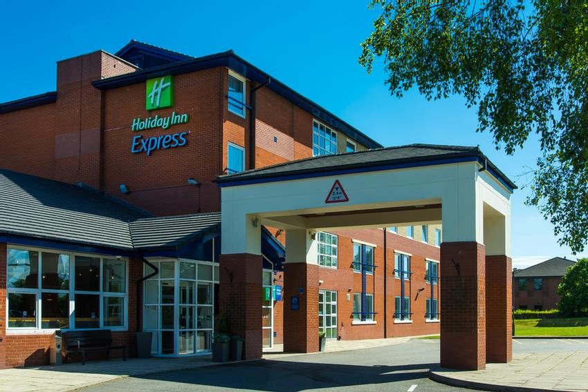 Holiday Inn Express Burton Upon Trent 1 of 7