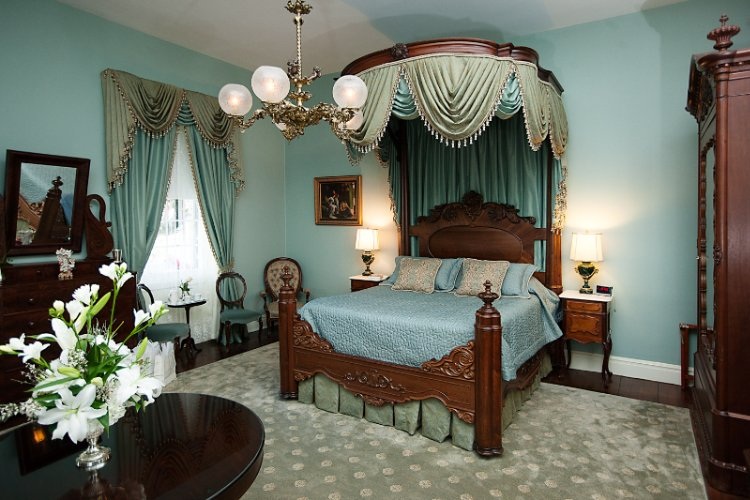 Antebellum Suite 4 of 5