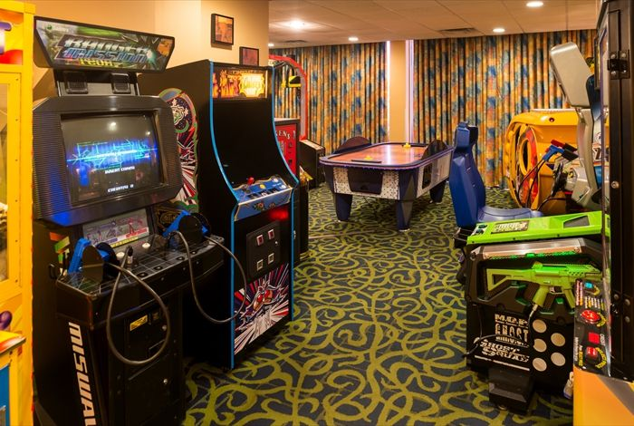 Game Room 20 of 29