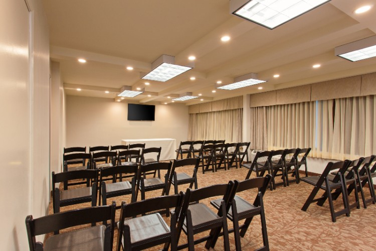 Covina Meeting Room 6 of 14