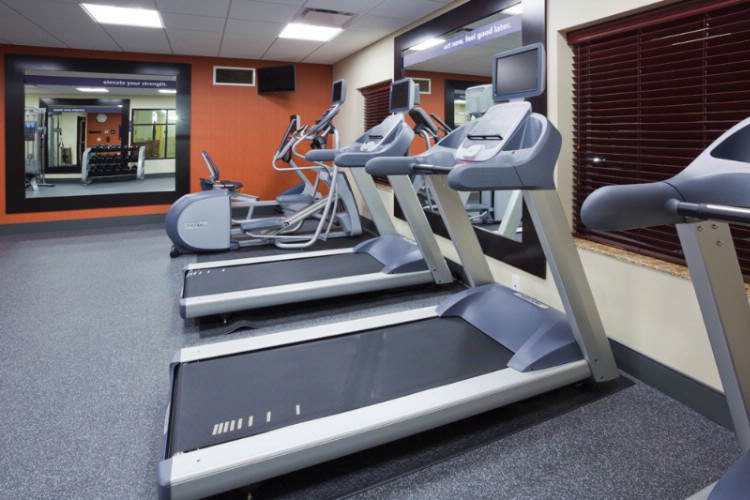 Cardio Machines At The New Hampton Minnetonka 15 of 16