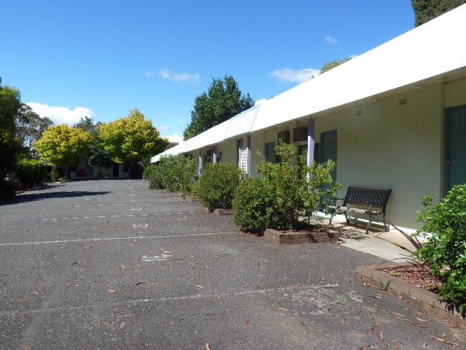 Exterior Of Motel 6 of 16