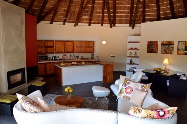 Fynbos Cottage Lounge & Kitchen 12 of 16