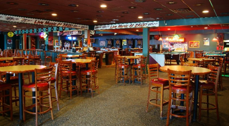 Z103 Bar & Grill (Attached To Hotel) 13 of 25