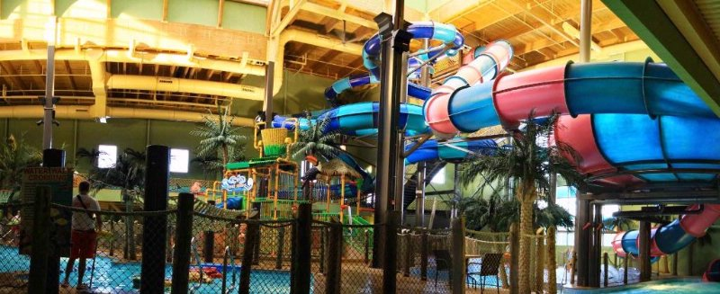 Indoor Waterpark 3 of 6