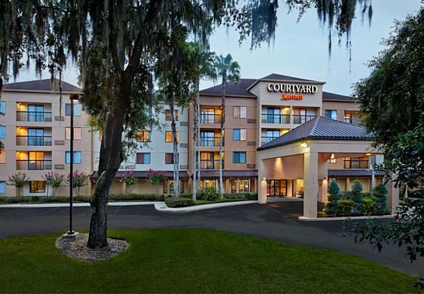 Courtyard by Marriott Orlando East / Ucf Area 1 of 8