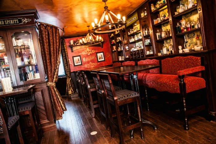 Doc Magilligan\'s Restaurant & Irish Pub -Onsite 5 of 10