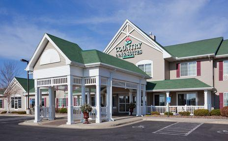 Country Inn & Suites 1 of 3