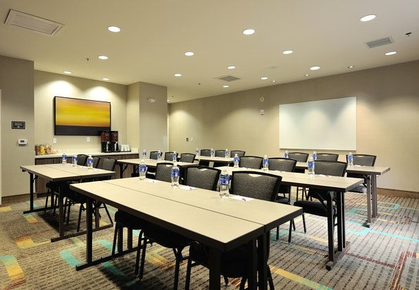 Meeting Room For Up To 40 People 10 of 11