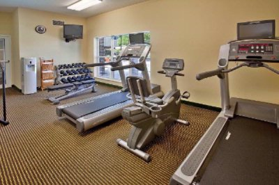 Fitness Room 5 of 6