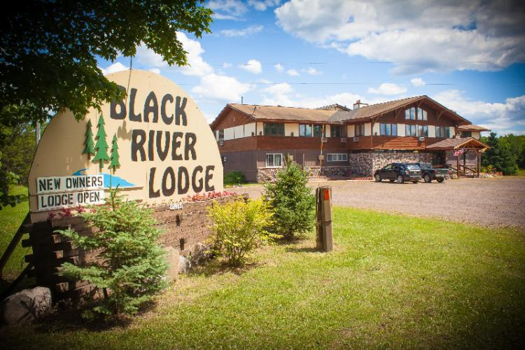 Black River Lodge 1 of 10