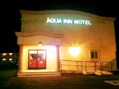 Aqua Inn Motel 1 of 3