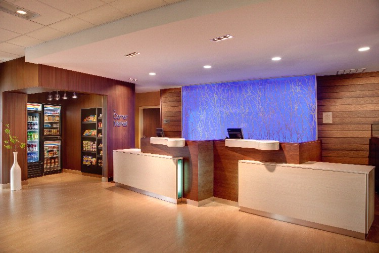 Fairfield Inn & Suites Gen 4 Front Desk & Corner Market 4 of 8