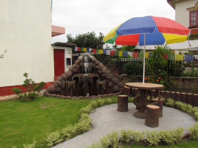 Fountain At Garden-Tranquil Homestay 11 of 16