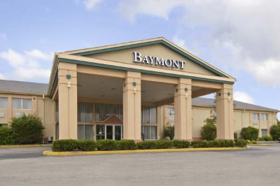 Baymont Inn & Suites North 1 of 10
