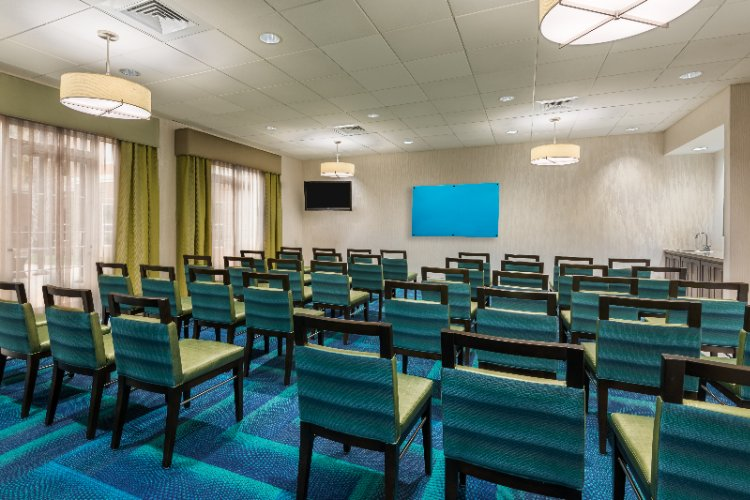 Meeting Room 23 of 25