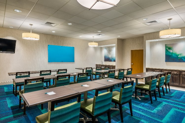 Meeting Room 24 of 25