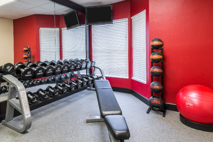 Fitness Center 8 of 25
